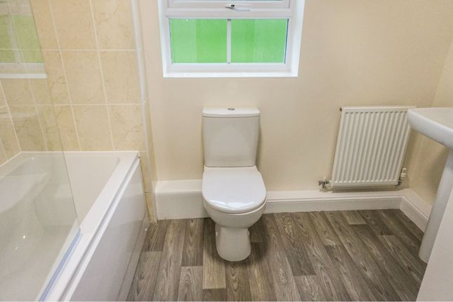 Bathroom of 7 Parkinson Place, Garstang, Preston PR3