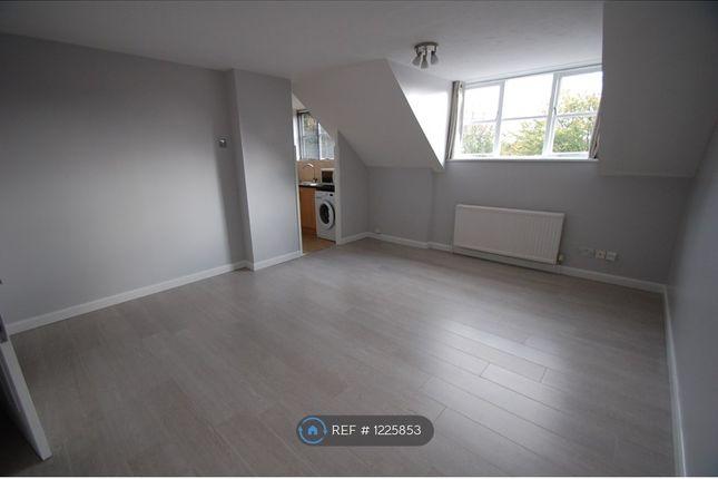 Thumbnail Flat to rent in Boleyn Way, Barnet