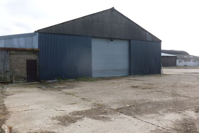 Thumbnail Warehouse to let in Hunts Close, Writtle, Chelmsford