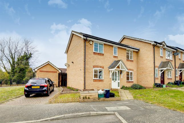 3 bed end terrace house for sale in Star Lane, Orpington BR5