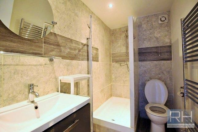 Thumbnail Flat to rent in Kelvin Road, Highbury East