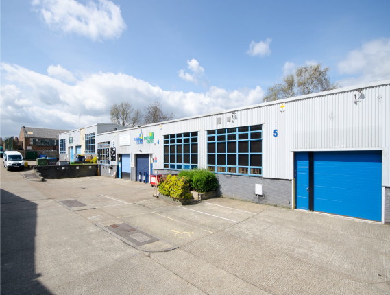 Thumbnail Industrial to let in Cramptons Road, Sevenoaks