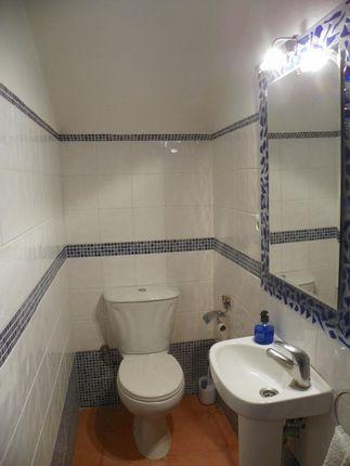 Guest Toilet of Spain, Málaga, Cártama, Estación De Cártama