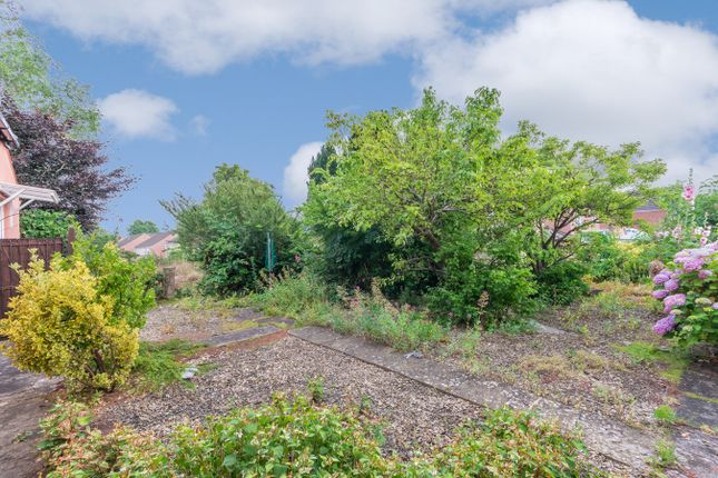 Thumbnail Land for sale in Common Road, Hanham, Bristol