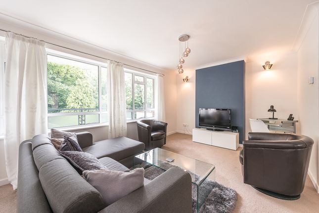Thumbnail Flat to rent in Freeland Park, Holders Hill Road, London