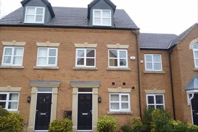 Thumbnail Town house to rent in Gibfield Road, St. Helens