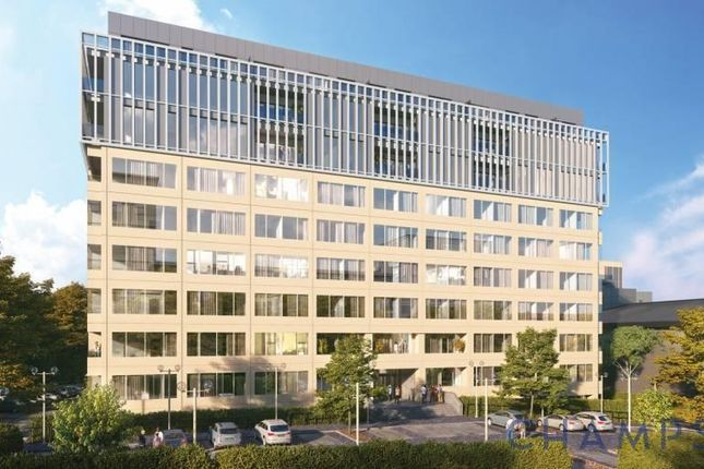 Studio for sale in Westgate House, West Gate W5