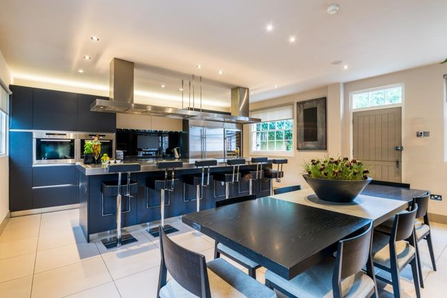 Thumbnail Detached house to rent in Green Lane, Cobham