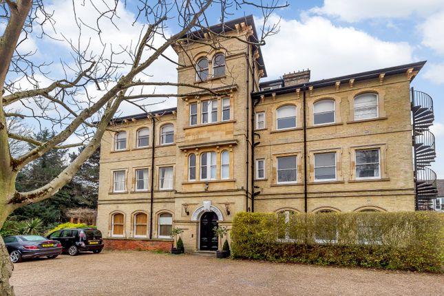 Thumbnail Flat for sale in Castle Way, Feltham
