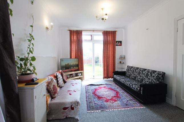Terraced house to rent in Argyll Avenue, Southall