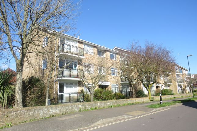 Thumbnail Flat for sale in Southdown Road, Shoreham-By-Sea