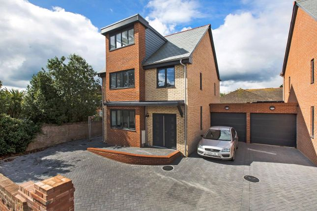 Thumbnail Detached house for sale in Cyprus Road, Exmouth, Devon