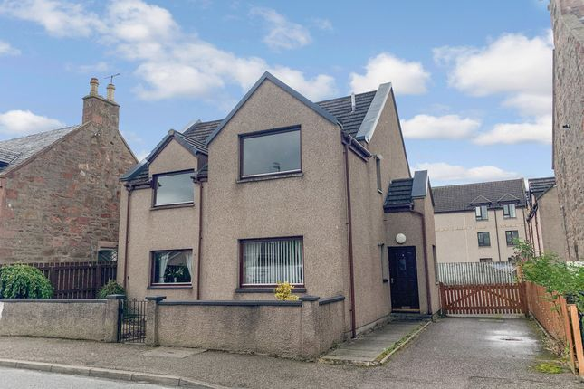 2 bed flat to rent in Lochalsh Road, Inverness IV3 5Qa