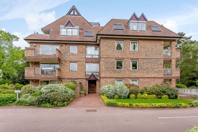 Thumbnail Flat to rent in The Oasthouse, Grange Road, Cambridge
