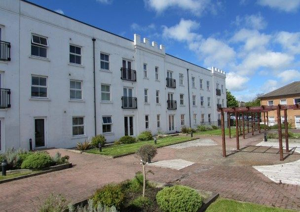 Thumbnail Flat to rent in Apt. 29 Imperial Court, Castle Hill, Douglas