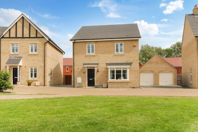 Thumbnail Detached house for sale in Badgers Drive, Wantage