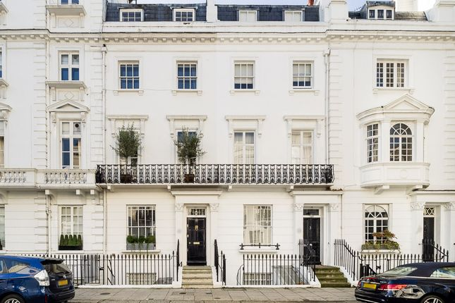 Thumbnail Terraced house for sale in Ovington Square, London