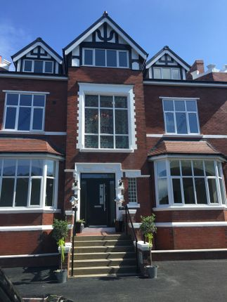 Thumbnail Flat to rent in Cambridge Road, Southport