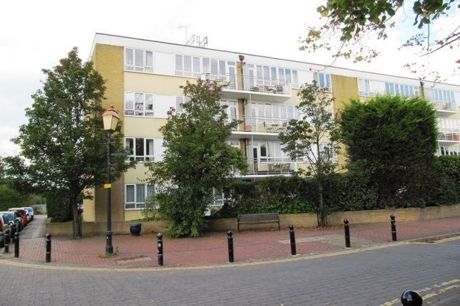 Thumbnail Flat to rent in Wellesley Court, Bathurst Walk, Iver, Bucks