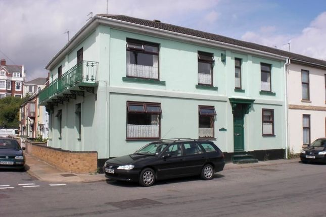 Thumbnail Flat to rent in Pavilion Road, Gorleston, Great Yarmouth