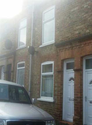 3 bed shared accommodation to rent in Lamel Street, Off Hull Road