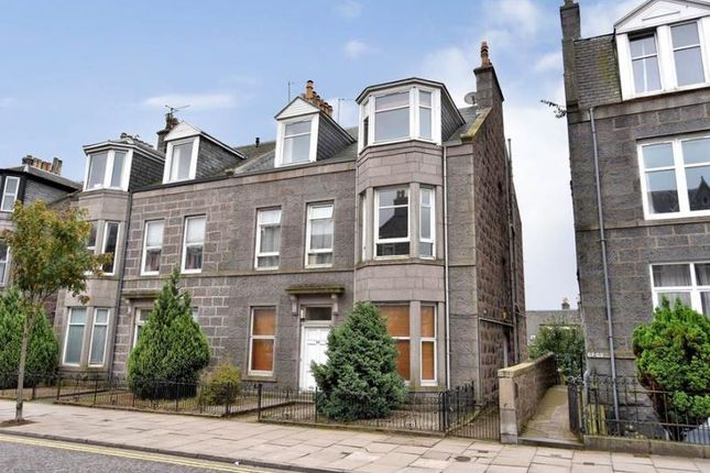 Thumbnail Flat to rent in Union Grove, City Centre, Aberdeen