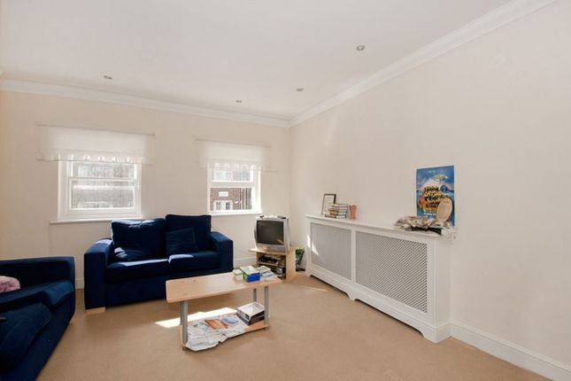 Thumbnail Flat to rent in Mortimer Crescent, West Hampstead