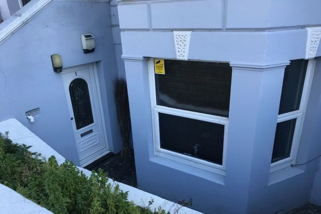 Thumbnail Flat to rent in Edgar Road, Cliftonville, Margate
