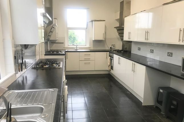 Thumbnail Terraced house to rent in 37 Eaton Crescent, Swansea