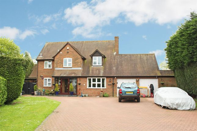 Thumbnail Detached house to rent in Lisleys Field, Cryers Hill, High Wycombe