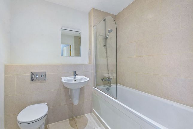 Property to rent in Telford Road, London