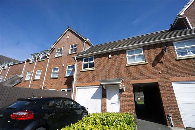 Thumbnail Flat to rent in Marchwood Close, Blackrod, Bolton