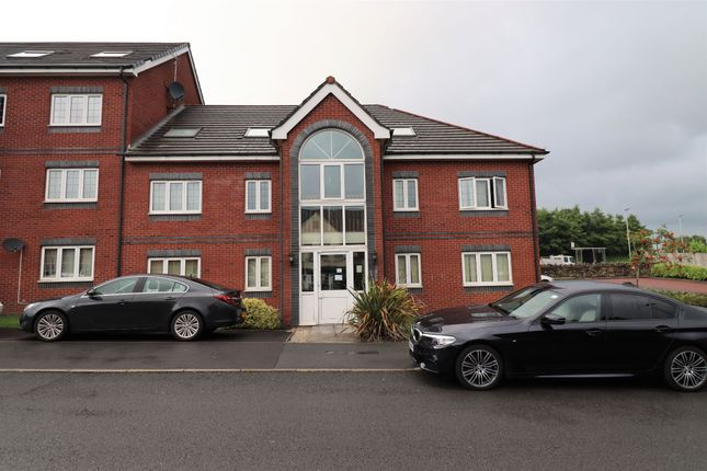 Thumbnail Property to rent in Pankhurst Close, Guide, Blackburn