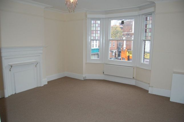 Thumbnail Flat to rent in Broadway, London