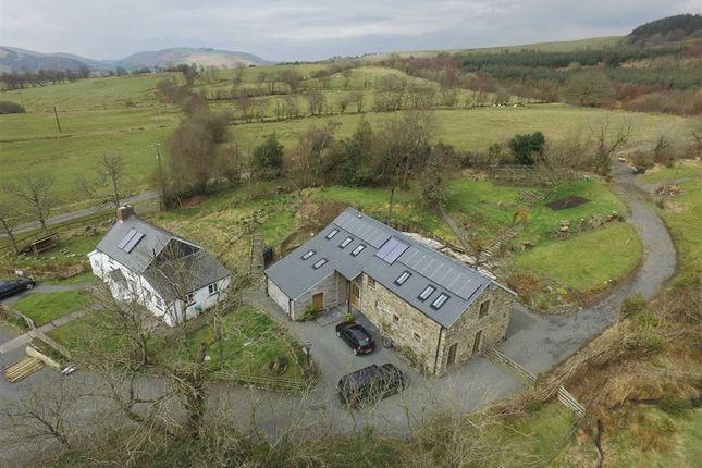 Thumbnail Farmhouse for sale in Blaenglanhanog And Ger Yr Hanog, Carno, Caersws, Powys