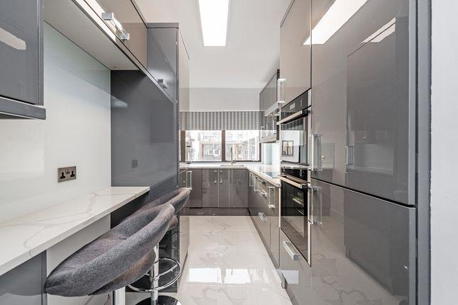 Thumbnail Flat to rent in St Edmunds Terrace, London, London