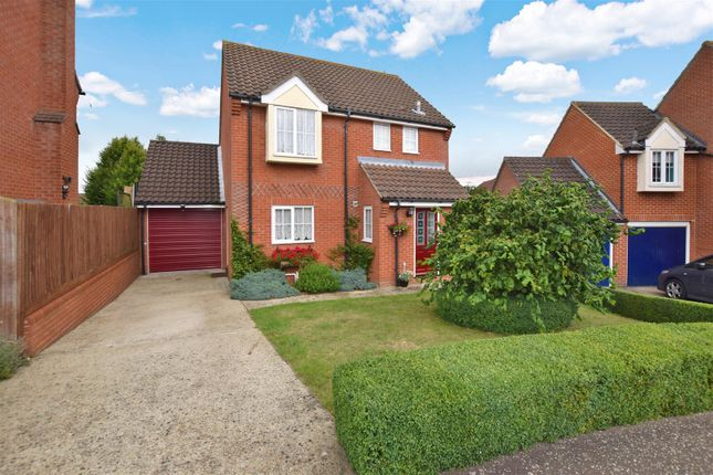 Thumbnail Detached house for sale in Well Field, Halstead