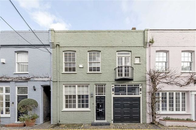 4 bed property for sale in Princes Gate Mews, London