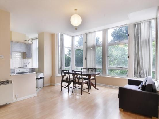 Thumbnail Flat to rent in Newington Causeway, Elephant And Castle