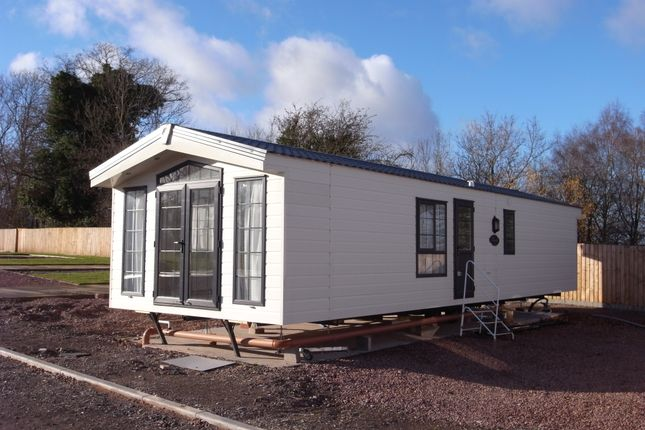 Thumbnail Mobile/park home for sale in Trumpet, Ledbury