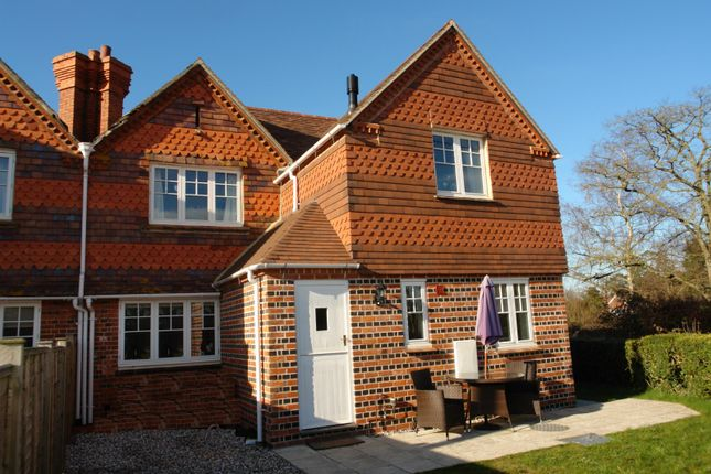 Thumbnail Semi-detached house to rent in Victoria Cottage, East End, Newbury, Berkshire