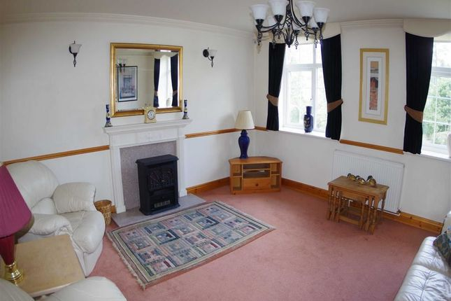 Thumbnail Flat to rent in Bridge Mills, Station Road, Luddendenfoot