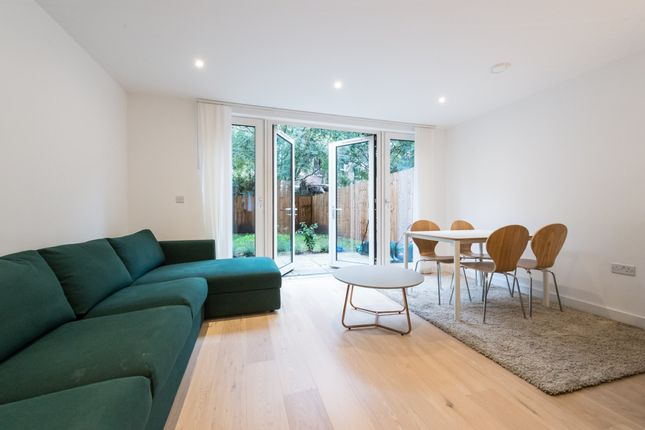 Thumbnail Town house for sale in Mary Rose Square, London