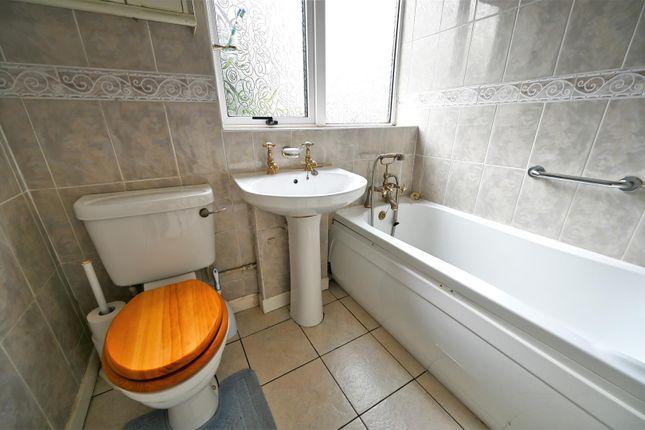 Bathroom of Wilman Gardens, Aldwick, Bognor Regis PO21