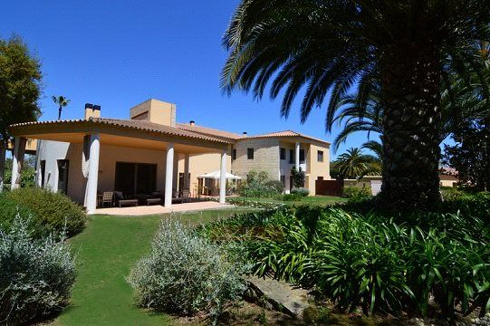 Thumbnail Property for sale in Kings & Queens, Sotogrande Costa, Sotogrande
