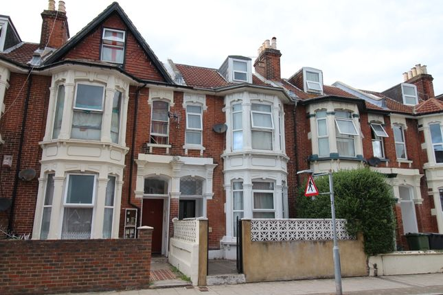 1 bed terraced house to rent in Waverley Road, Southsea PO5