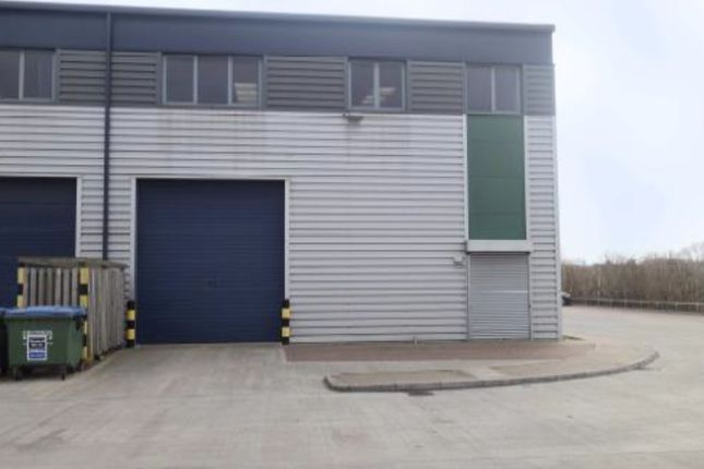 Thumbnail Light industrial for sale in Unit 20, Old Bath Road, Slough