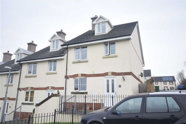 Thumbnail Semi-detached house to rent in Trafalgar Drive, Torrington, Devon