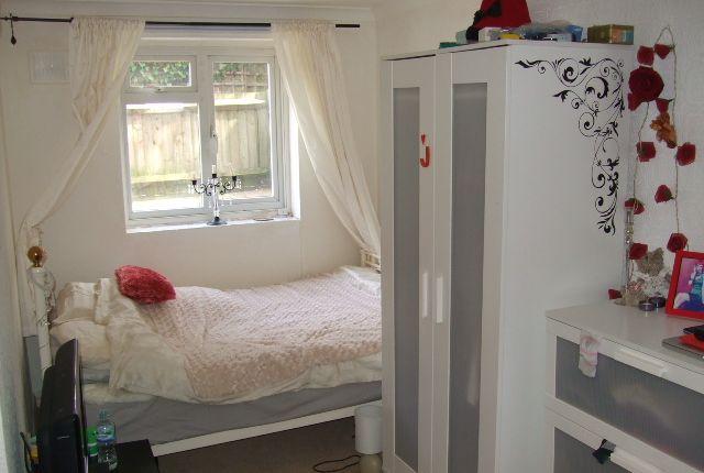 Bedroom of Jasmine Grove, Anerley, London SE20