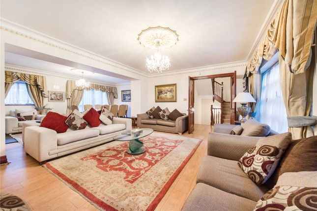 Thumbnail Terraced house to rent in Brick Street, Mayfair, Picadilly, St. James's, London
